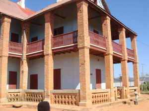 maison royale à varangue du Prince Ramaharo